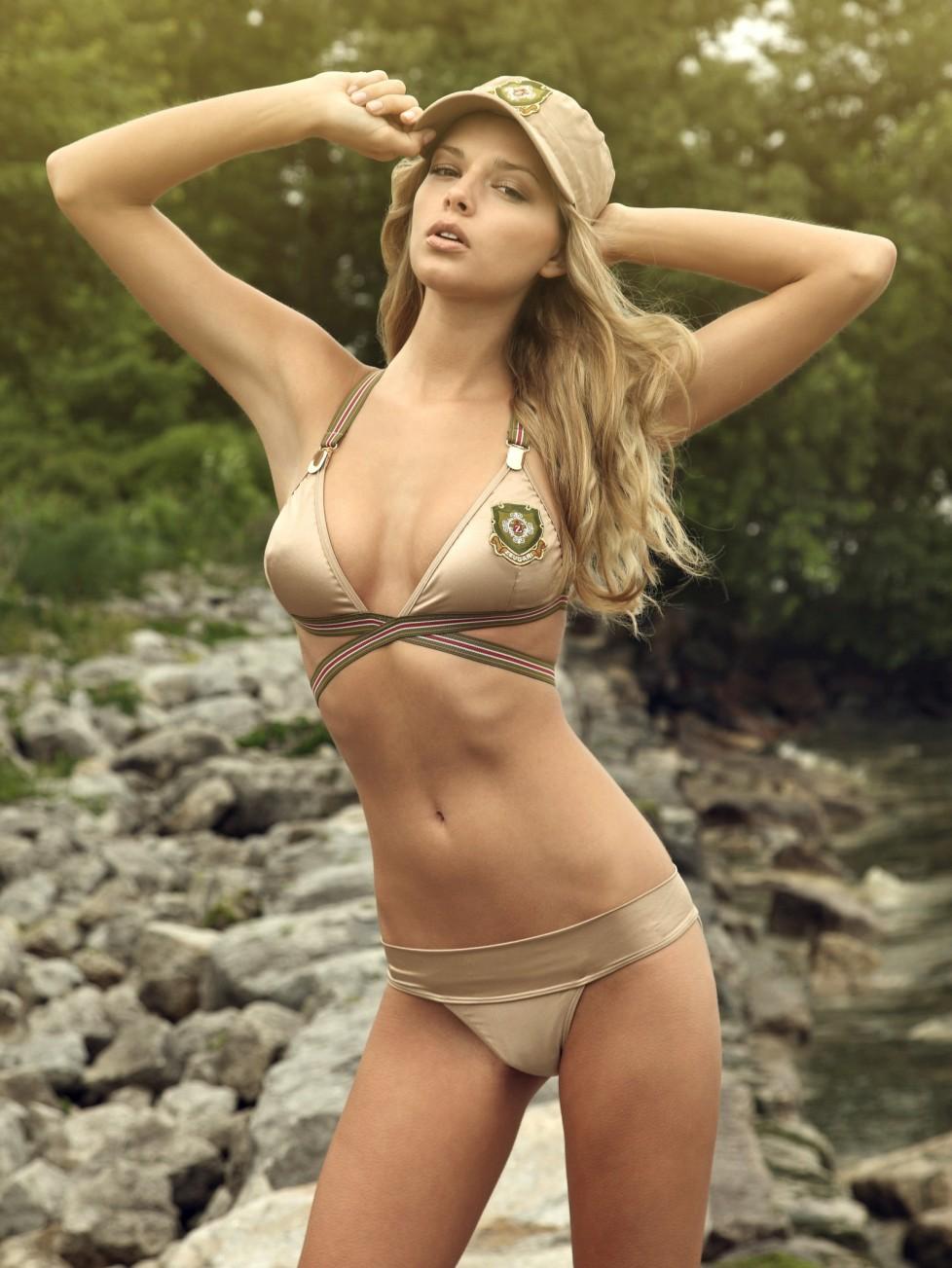 Ingrid Vold Nude Photos 65