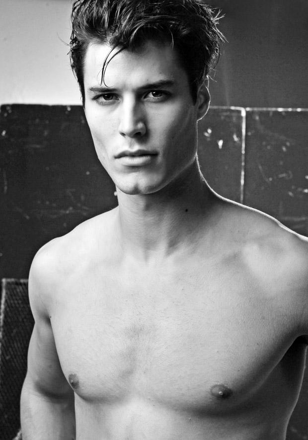 Emilio-Flores-Daniel-Rodrigues-01