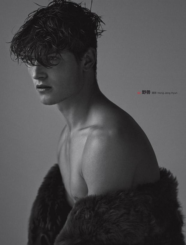 John-Todd-Numero-Homme-China-Hong-Jang-Hyun-02