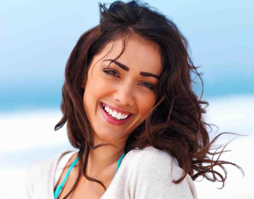 Белоснежная улыбка модели - залог успешной карьеры!