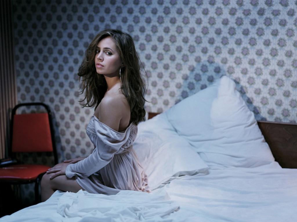 Идеи для фотосессии на кровати