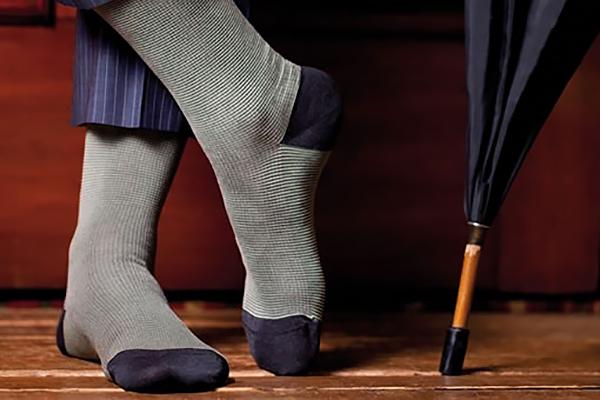 Как правильно выбрать мужские носки: советы стилиста
