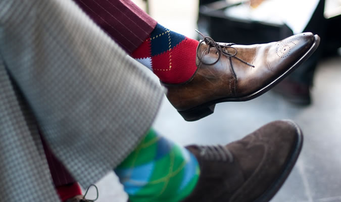 Модные мужские носки в клетку