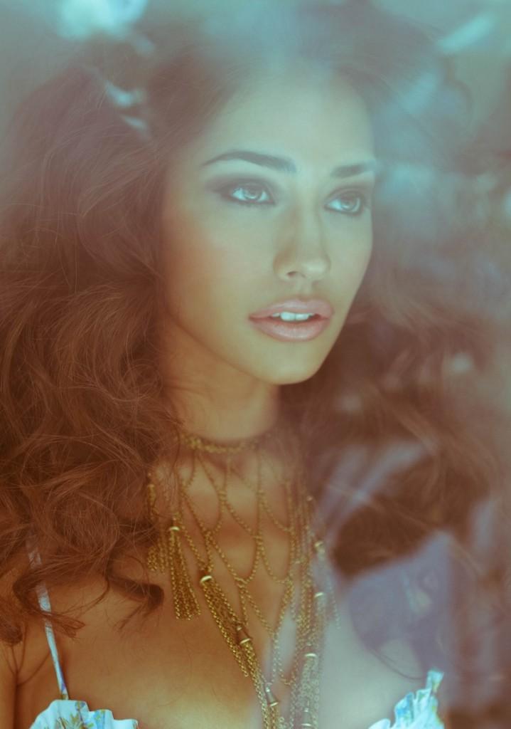 Model Taylor Hannum (9)