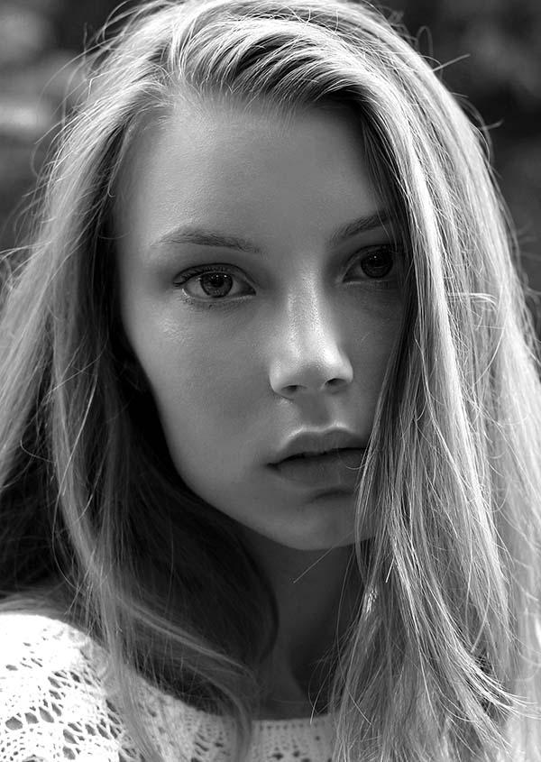 Ana Weber-1