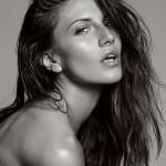 Анна Секулик модель