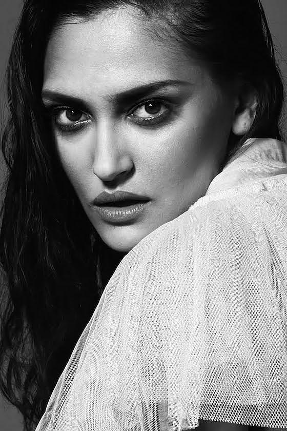 Сербская модель Елена Дончик