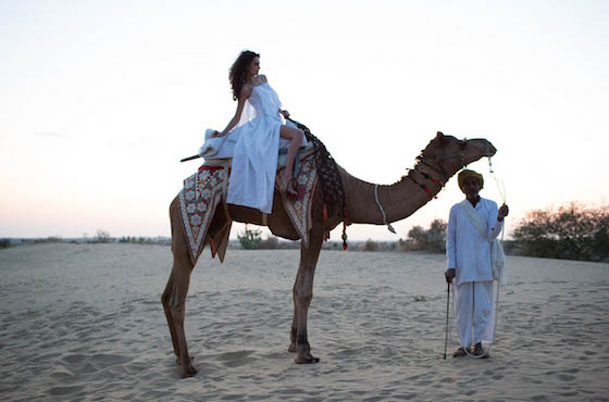 Елена Дончик на съемках в Индийской пустыне