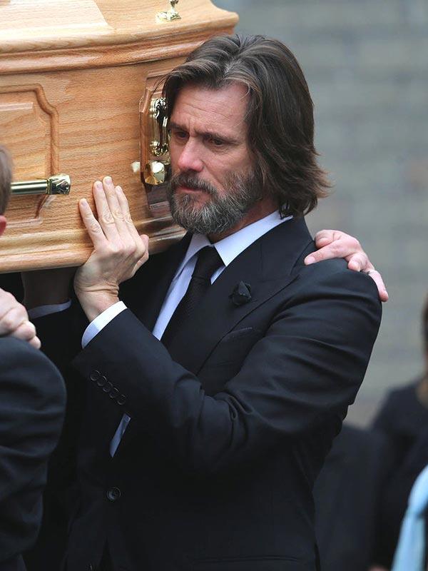 Фото - Джим на похоронах своей девушки Катрионы Уайт