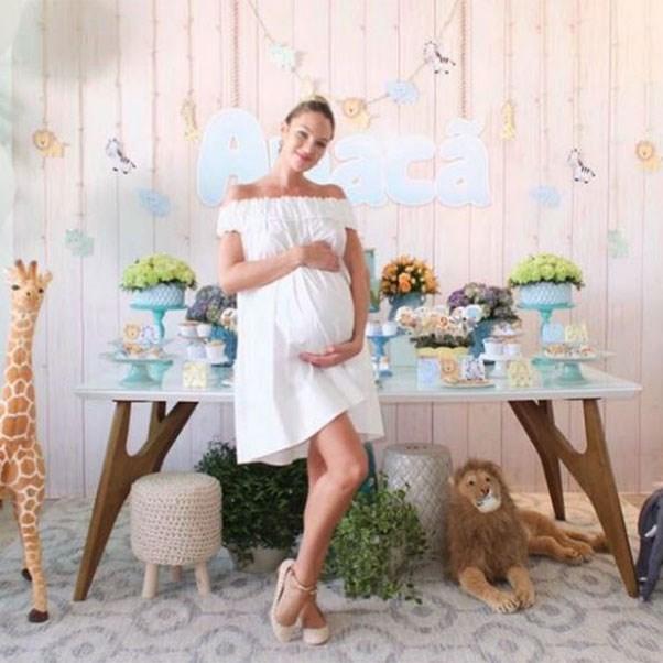 фото - Кэндис Свейнпол беременная