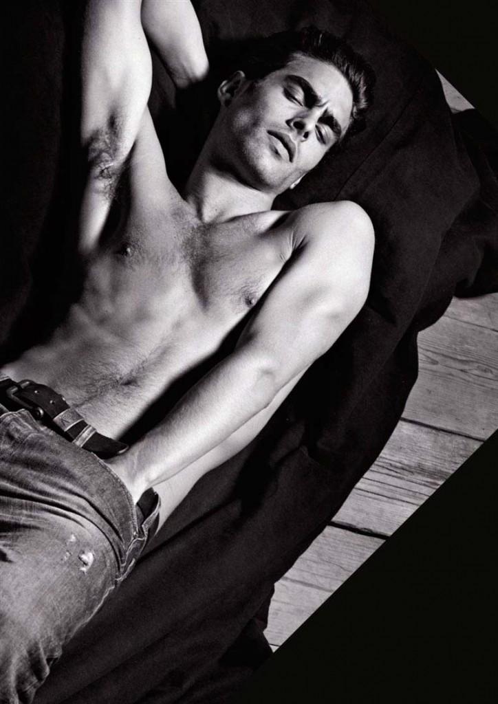 Фото - сексуальная модель Джон Кортахарена