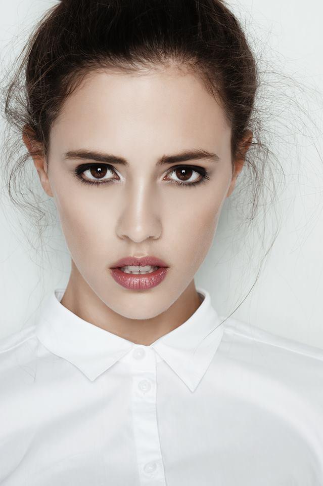 Фото - Молодая модель из Голландии Нина Шторм