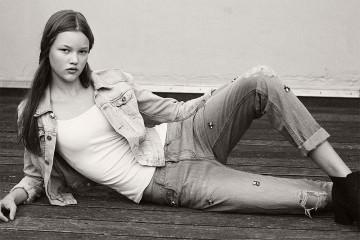 Фото - Нур Чалтин - девушка модель