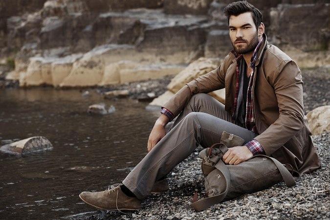 Фото - Модель Брайан Тир в великолепном мужском костюме