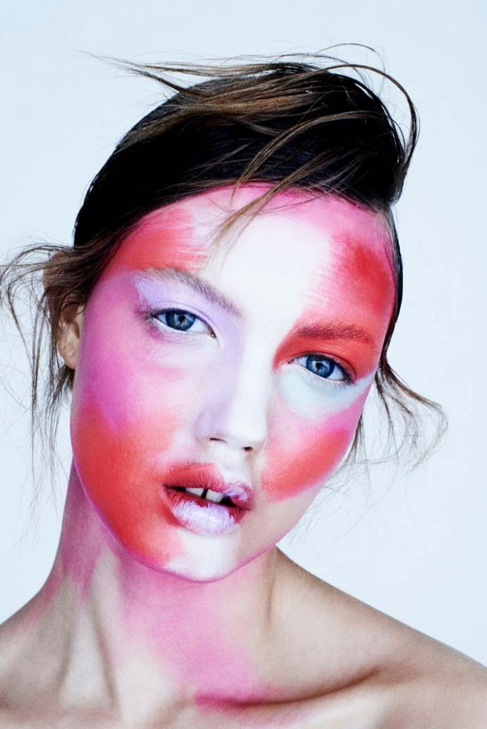 Фото - Линдси Викстон (фотограф Хенрик Бюлов) для FAT Magazine / Макияж: Хун Ваннго