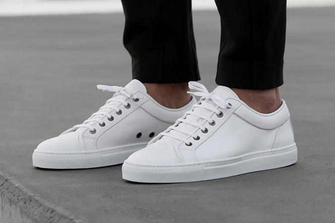 Фото - Тренд лета 2015 №5: белые кроссовки