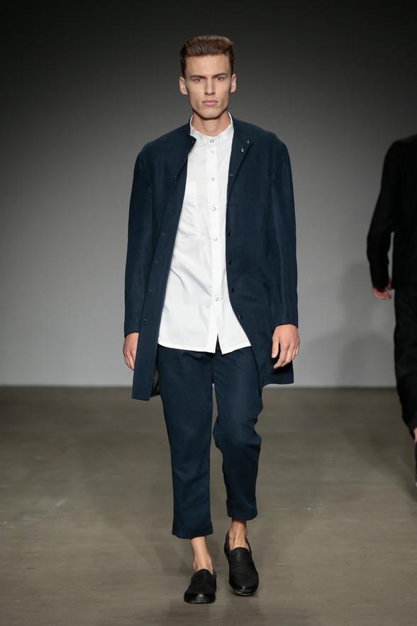 Адриан де Хир - начинающая модель