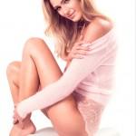 Красивая девушка-модель фото #1