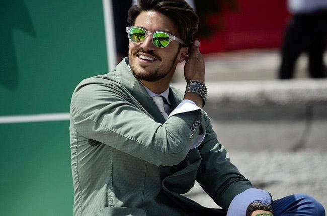Фото 2 - тренд 2016: солнцезащитные очки с цветными стеклами