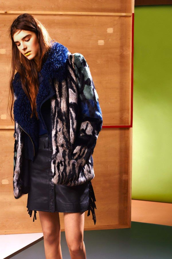 Фото - меховая куртка от Preen Line