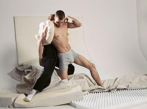 Фот о - Эксклюзивная линия нижнего белья от Calvin Klein