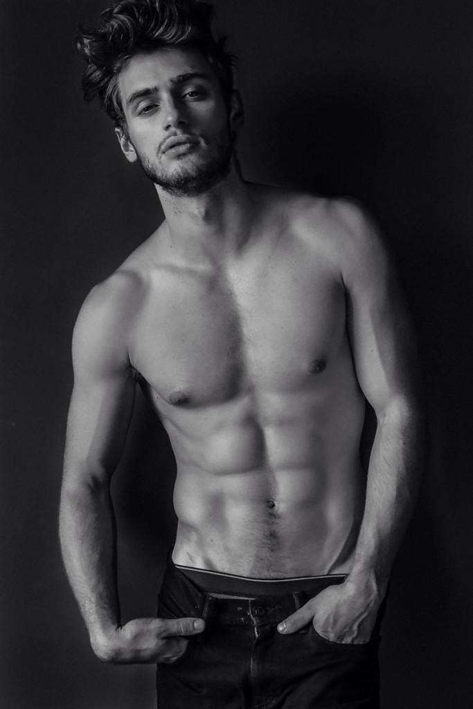 Фото - парень-модель из Санкт-Петербурга Даниил Бедеров