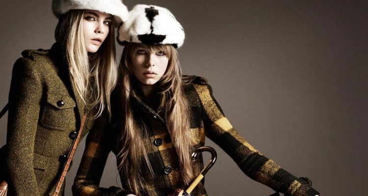 Фото - Burberry autumn winter collection Farfetch