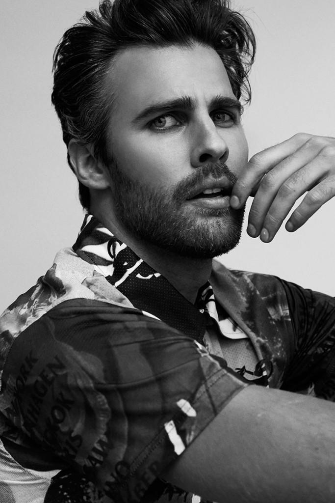 Фото - парень модель с бородой