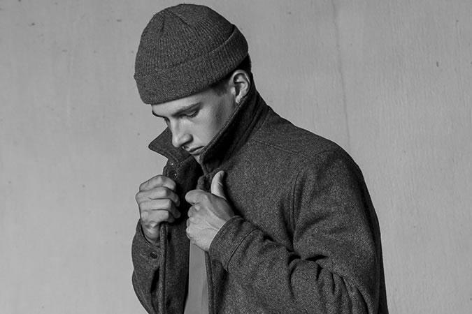 Фото - Вязаные мужские шапки 2015
