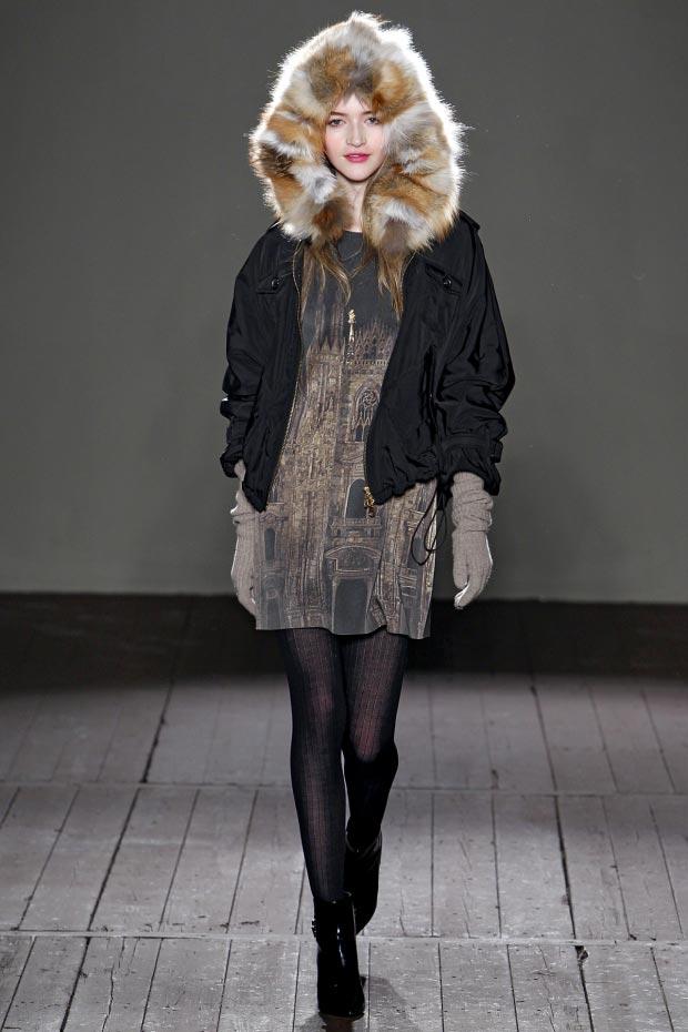 Фото - Женские шапки в моде зимой 2015-2016