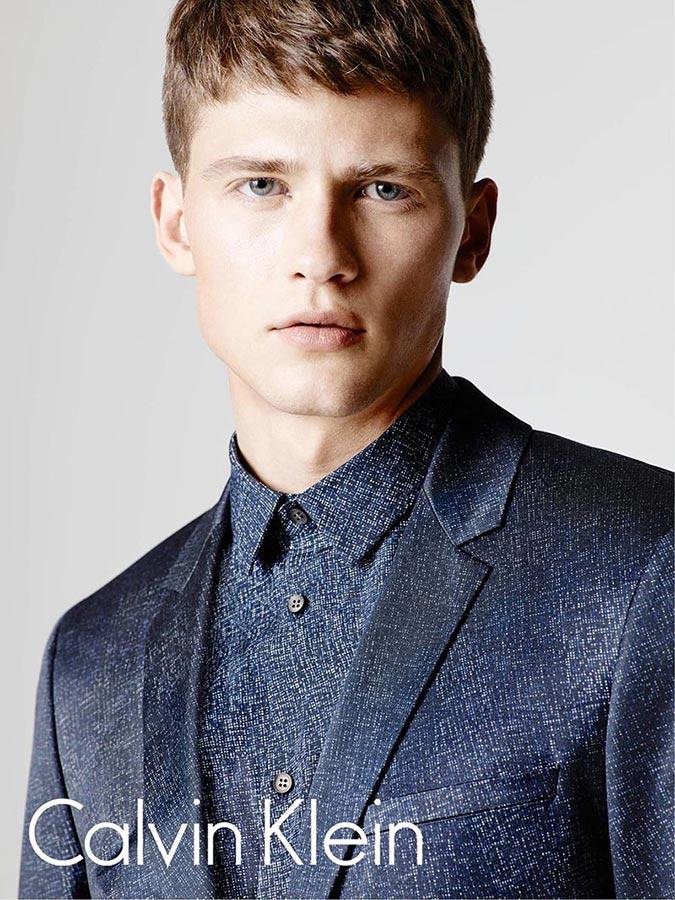 фото - Дэвид Бинот в кампании Calvin Klein
