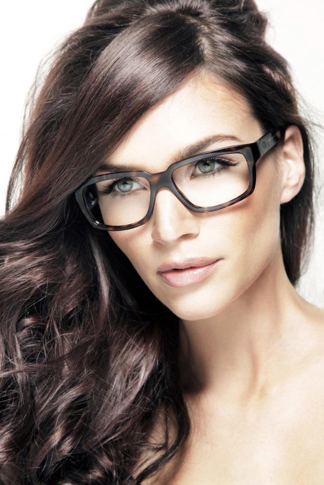 фото - красивая девушка модель Клаудия Сцеглат