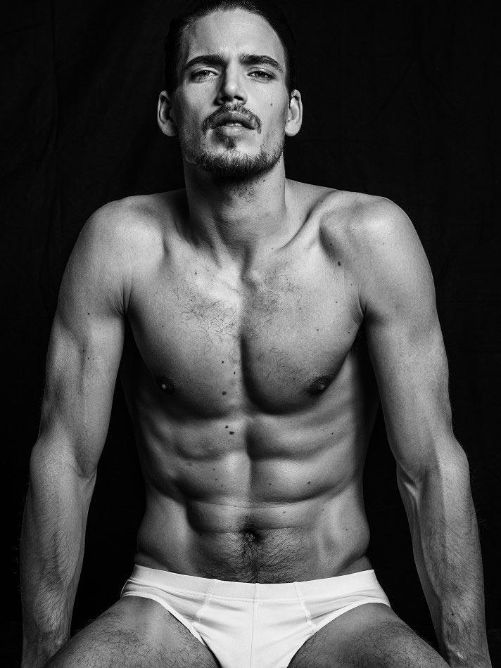 фото - голландский мужчина-модель Марк Кокс