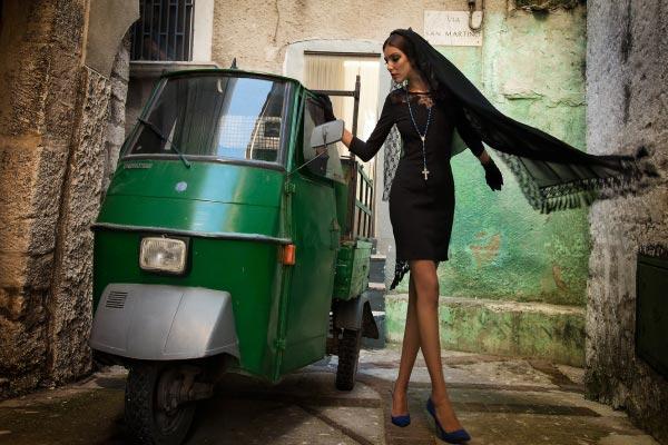 фото - модель Александара Тинтистан в фотосессии в Италии