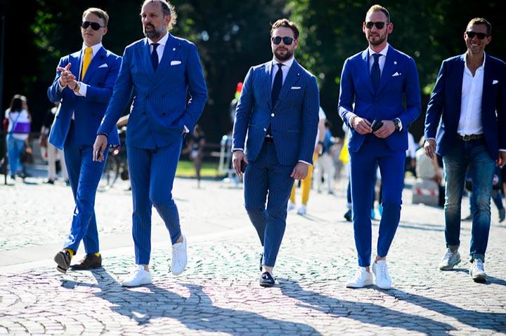 Модные мужские луки с синим костюмом 2017