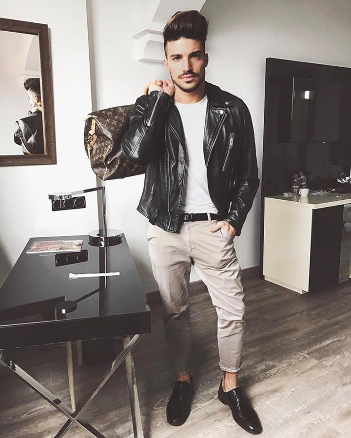 Итальянский манекенщик и модный критик, основатель бренда Nohow Мариано Ди Вайо