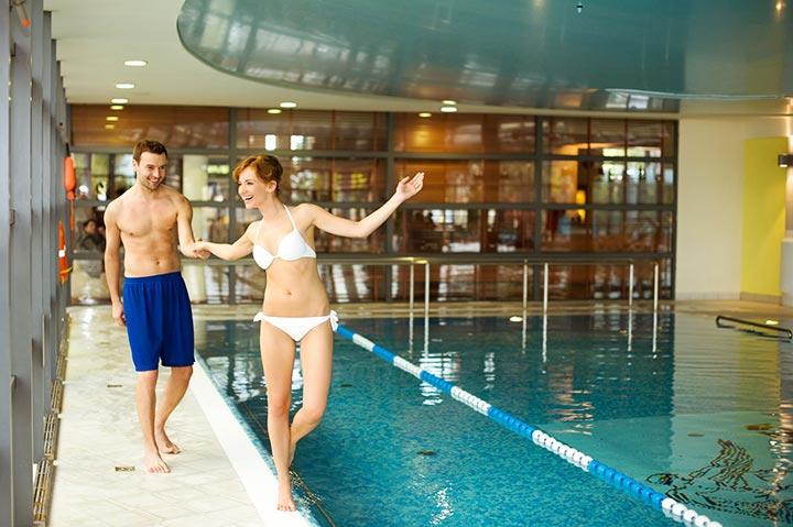 Первое посещение спа-центра с бассейном: что нужно брать