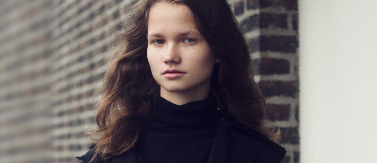 Голландская модель Анук Шоневиль